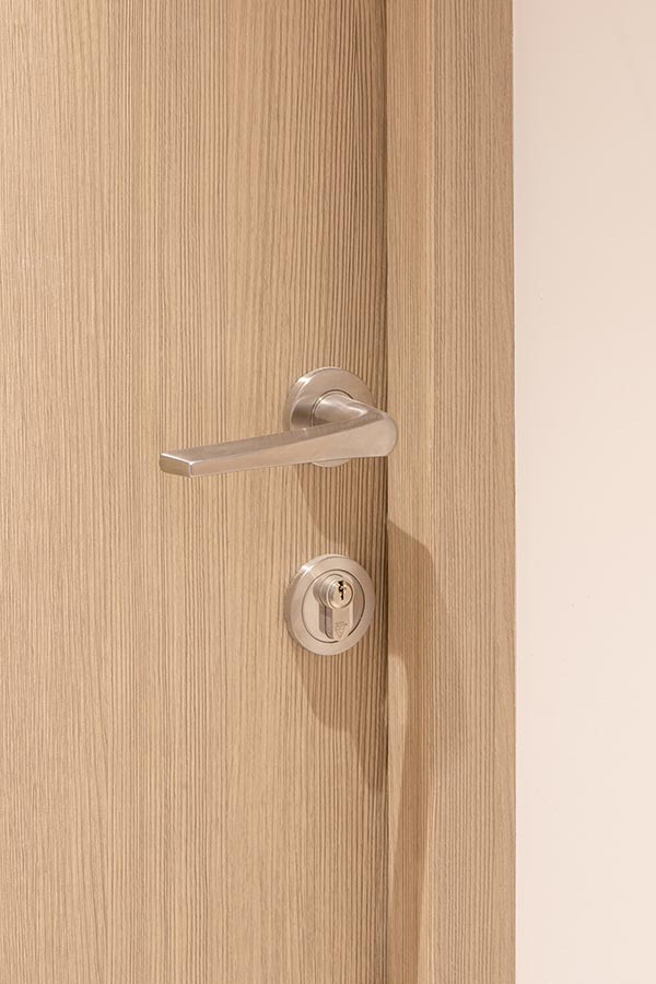 Veneered PAS 24 doors supplied by Doorview Ltd to Onyx Apartments, Kings Cross
